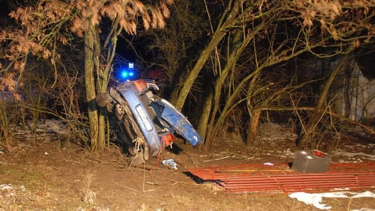 Trzy osoby w szpitalu po wypadku volkswagena. Prowadził nietrzeźwy 21-latek