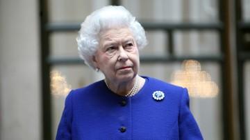 """Elżbieta II zbiera na brexit. Oszustwo """"na królową"""""""
