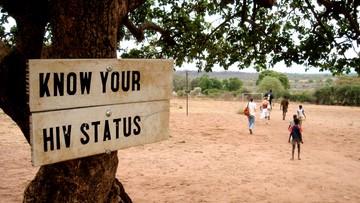 Eksperci: do 2030 roku nie pokonamy AIDS