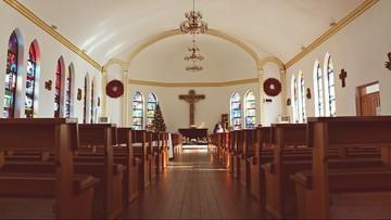 Kanada. Polski duchowny wyrzucił z kościoła policję [WIDEO]