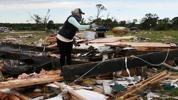 Tornada i powodzie w USA. Zginęło 11 osób