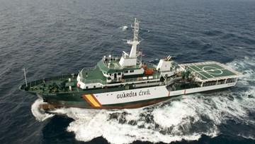 Poszukiwania dzieci uprowadzonych przez ojca. W akcji statki, śmigłowce i samolot