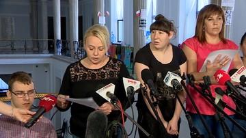 Protestujący w Sejmie chcą spotkania bez kamer z Agatą Kornhauser-Dudą