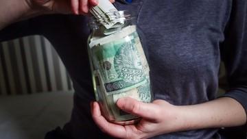 Co dziesiąty Polak odczuwa problemy finansowe w związku z pandemią
