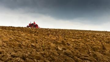 RPO ma zastrzeżenia konstytucyjne do projektu ustawy dotyczącego obrotu ziemią