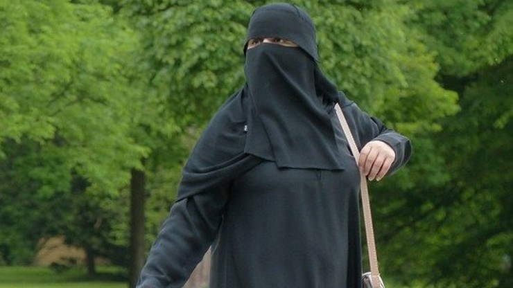 """""""Basen tylko dla muzułmanów"""". Pomysł podzielił niemieckie społeczeństwo"""