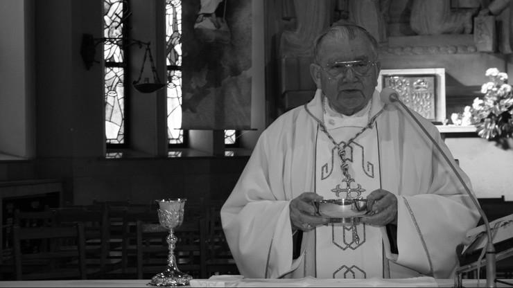 Zmarł biskup Alojzy Orszulik, uczestnik obrad Okrągłego Stołu i spotkania w Magdalence