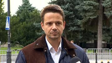Bój o Warszawę. Trzaskowski chce debaty