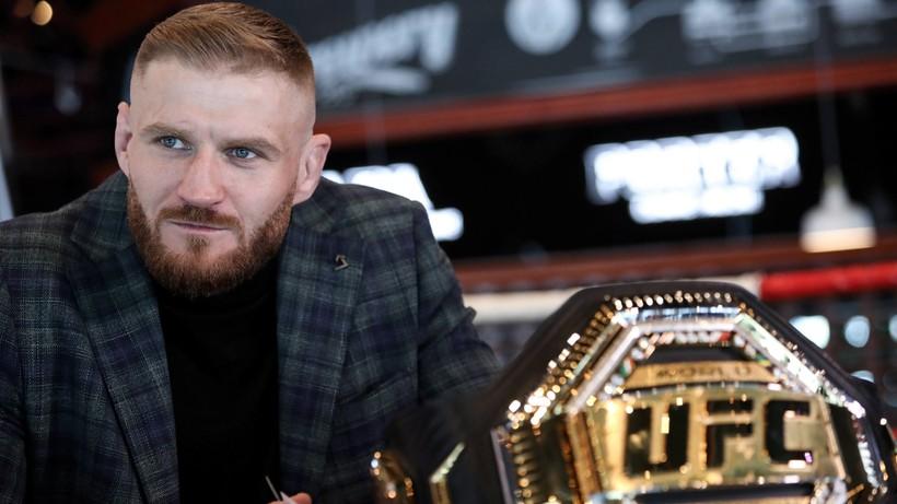Piękny jubileusz Jana Błachowicza. Polak od roku zasiada na tronie kategorii półciężkiej UFC