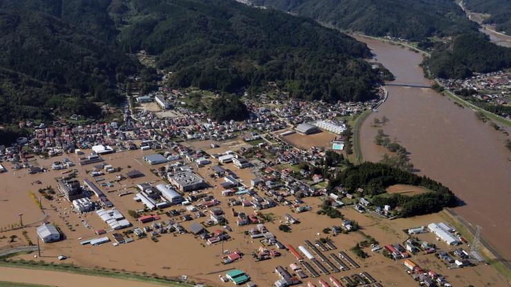 33 ofiary śmiertelne tajfunu w Japonii