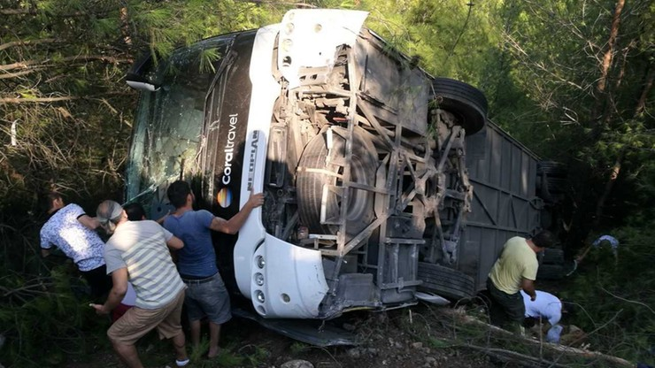 Wypadek autokaru z polskimi turystami w Turcji. Ponad 20 Polaków wśród rannych