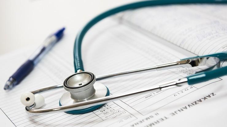 Lekarka oskarżona o narażenie życia pacjentki chorej na białaczkę