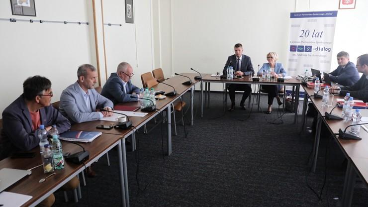 """Spotkanie ministra edukacji z ZNP. """"Merytoryczne, rzeczowe i konkretne"""""""