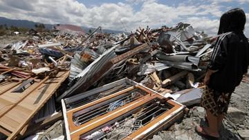Już 1944 ofiary trzęsienia ziemi w Indonezji. Około 5 tys. zaginionych