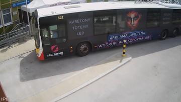 Pasażerka zasłabła w autobusie. Kierowca zawiózł ją na SOR