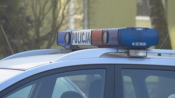 Śmiertelny wypadek w Małopolsce. Samochód przejechał mężczyznę leżącego na drodze