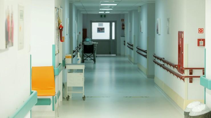 305 przypadków zakażenia koronawirusem. Ponad połowa na Śląsku