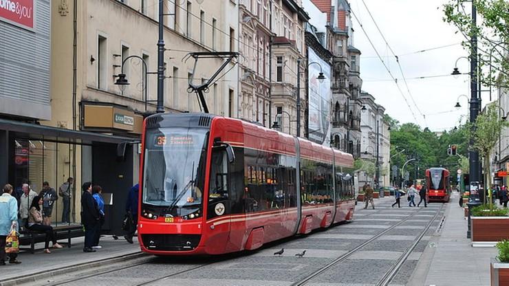Uczeń pojedzie za darmo. Nowa taryfa transportu publicznego w Górnośląsko-Zagłębiowskiej Metropolii