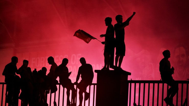 Premier League: Kibice Liverpoolu świętowali na przekór pandemii