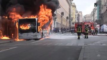 Eksplozja autobusu w centrum Rzymu. Jedna osoba ranna