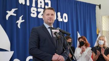 Sondaż: większość Polaków negatywnie ocenia reformy ministra edukacji i nauki