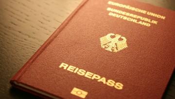 Brytyjczycy ubiegają się o obywatelstwa innych państw UE. Najpopularniejszym kierunkiem są Niemcy
