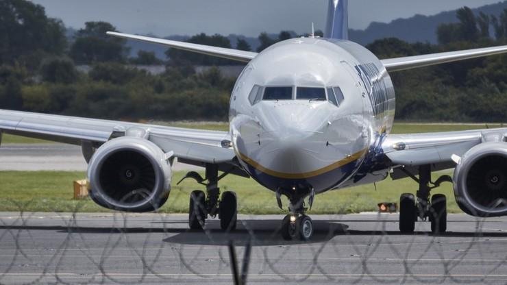 Międzynarodowy ruch lotniczy wstrzymany na dłużej. Projekt rozporządzenia