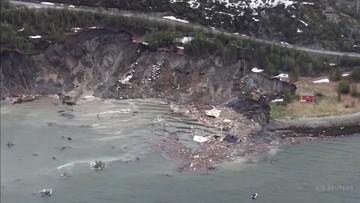 Domy znikały pod wodą. Potężne osuwisko w Norwegii [WIDEO]