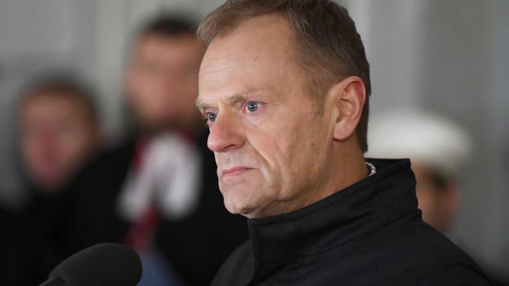 Tusk i Morawiecki wezmą udział w pogrzebie Pawła Adamowicza. Ceremonia z elementami państwowymi