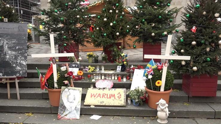 """""""Zamach jest także tragicznym następstwem politycznej bezczynności Pani rządu"""". Rodziny ofiar zamachu w Berlinie krytykują Merkel"""