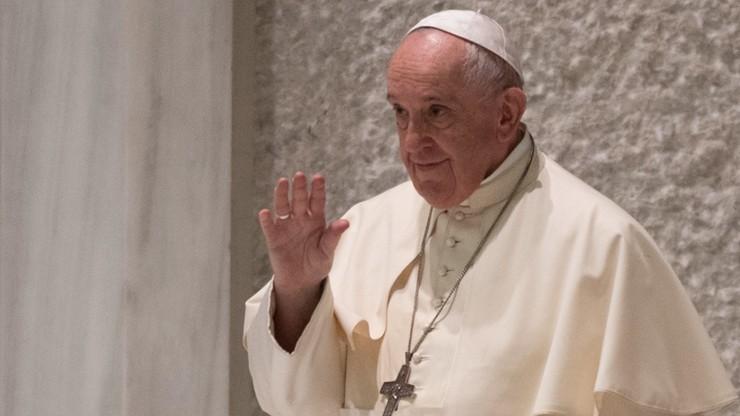 Watykan. Papież wysłał 15 tys. lodów dla więźniów