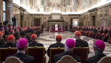 Jeden z kardynałów otrzymywał przez lata 35 tys. euro miesięcznie. Włoskie media o skandalu w Watykanie