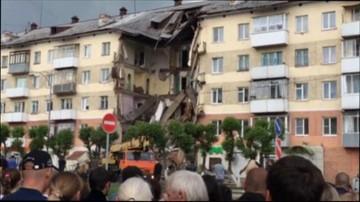 Zawalił się fragment bloku mieszkalnego w Rosji. Są ranni