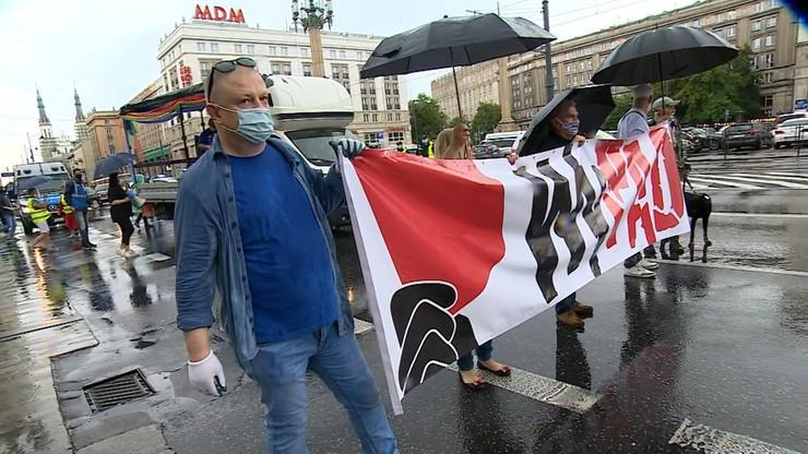 Szli przed dom prezesa PiS. Protesty w Warszawie