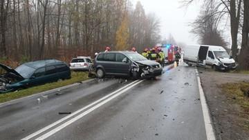 Karambol w Świętokrzyskiem. Zderzyło się pięć samochodów