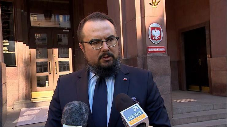 MSZ wezwało na poniedziałek kierującą ambasadą Izraela w Polsce. Chodzi o nowelizację Kpa