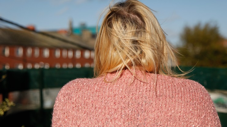 KE: Co trzecia kobieta w UE pada ofiarą przemocy. A to kosztuje Unię 226 miliardów euro rocznie