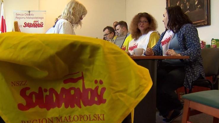 Kraków: siódmy dzień protestu głodowego w kuratorium oświaty