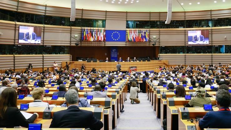 Koalicja Europejska przed PiS. Parlament Europejski opublikował sondaż