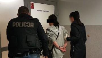 Kobieta miała namówić męża, by napadł na policjantkę. Para usłyszała zarzuty