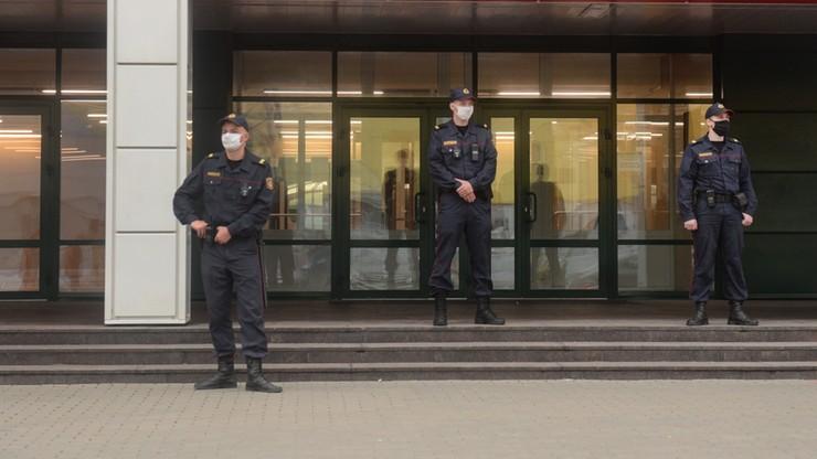 Rodzina szefa MSZ Białorusi miała otrzymywać pogróżki. Dom przeciwnika Łukaszenki oblany farbą