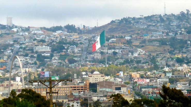 Zbiorowy grób w pobliżu granicy Meksyku z USA. Mogą to być ofiary handlarzy narkotyków