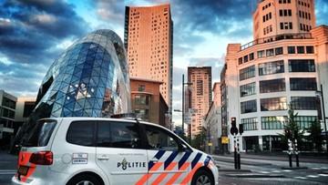 Polak z licznymi ranami kłutymi znaleziony na ulicy w Holandii