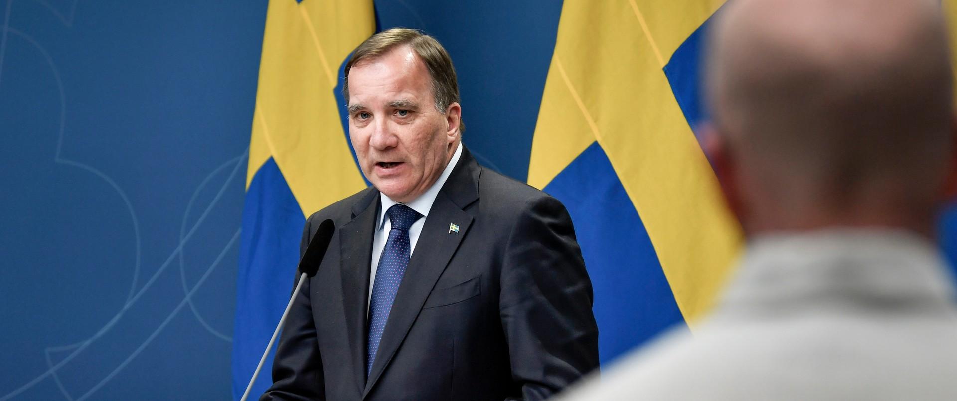 Premier Szwecji Stefan Loefwen w czasach pandemii poprawił swoje notowania o blisko 20 procent