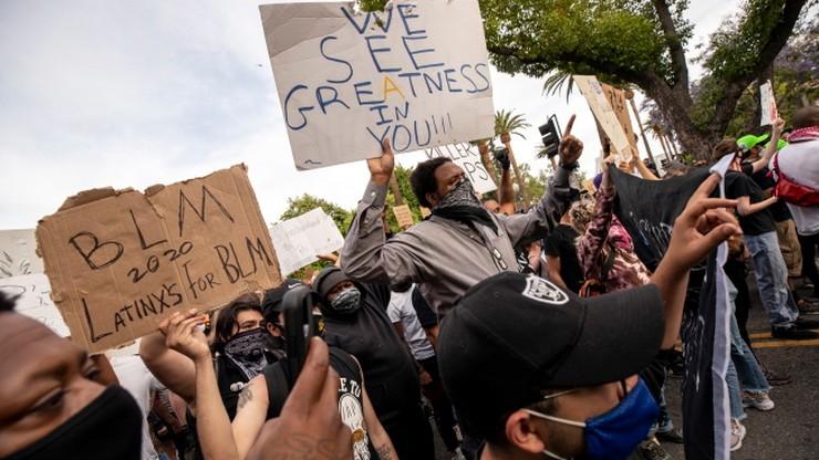 Większość Amerykanów popiera protesty i nie zgadza się z Trumpem