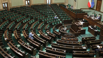 """KO wyprzedza Hołownię. Najnowszy sondaż IBRiS dla """"Wydarzeń"""""""