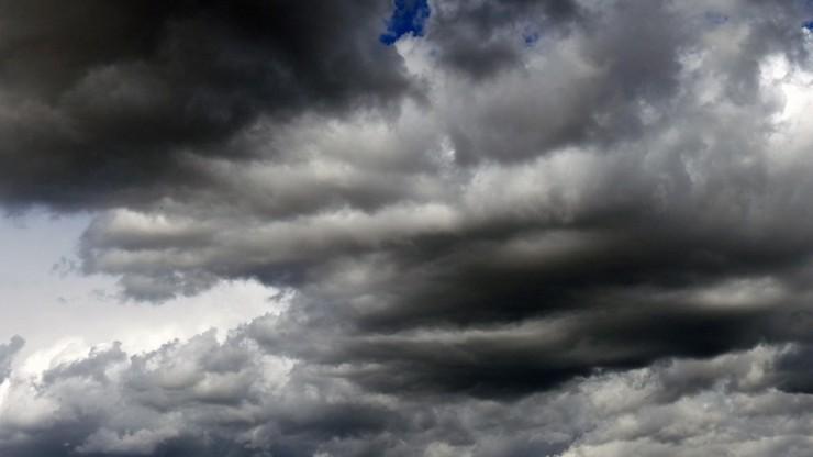 Nawałnice ponownie przejdą nad Polską. Synoptycy ostrzegają przed burzami z gradem