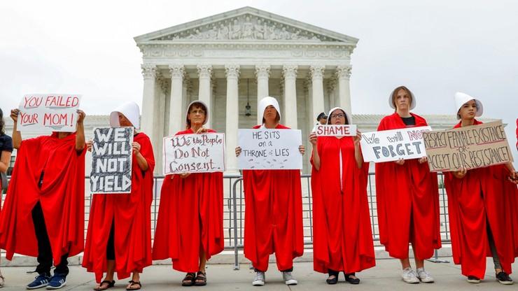 USA: oskarżany o molestowanie sędzia zadebiutował w SN. Przed budynkiem protest