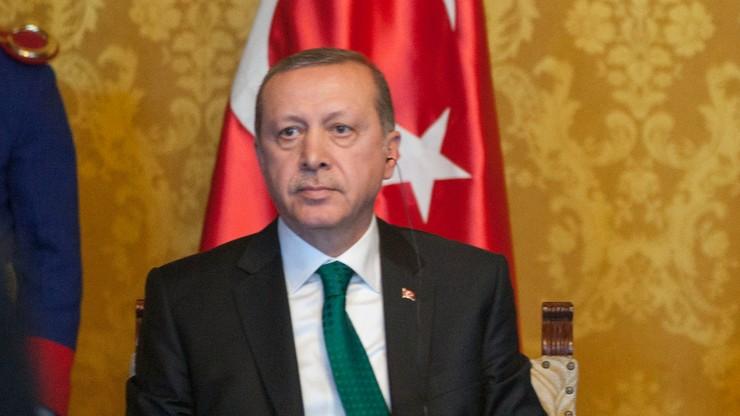 """Erdogan: Państwo Islamskie stoi za zamachem w Gaziantep. """"Niczym nie różni się od Gulena"""""""