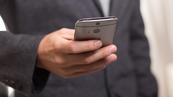 Wyłudzili ponad 1 mln złotych w fałszywym konkursie sms